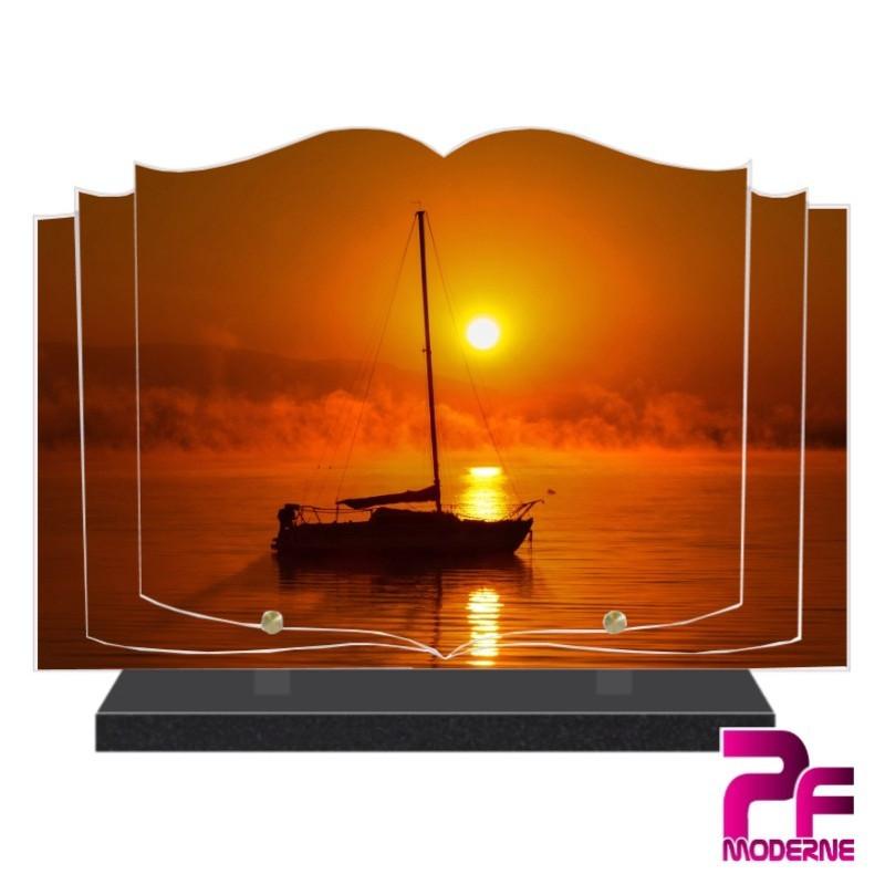 PLAQUE FUNÉRAIRE LIVRE SOLEIL COUCHANT ET BATEAU PFM7518